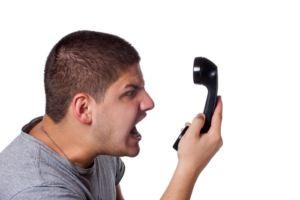 Как реагировать на угрозы коллектора во время телефонного разговора?