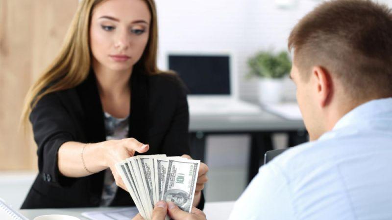 Особенности назначения алиментов на содержание жены до трех лет