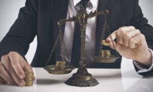 Какие штрафы предусмотрены за нарушение трудового законодательства?